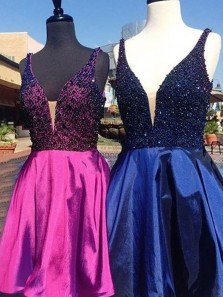 Vintage A-Line V-Neck Junior Homecoming Dress Party Dress Prom Dress With Beading