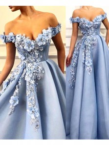 Gorgeous Ball Gown Off the Shoulder Blue Lace Long Prom Dresses with Appliques