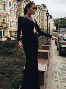 Sexy Mermaid Round Neck Open Back Long Sleeves Black Velvet Long Prom Dresses with Beading, Charming Evening Dresses