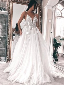 Elegant A Line V Neck Spaghetti Straps White Tulle Beading Wedding Dress with Applique WD0706002