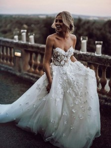 Gorgeous Ball Gown Sweetheart White Tulle & Lace Wedding Dress with Court Train WD0707001