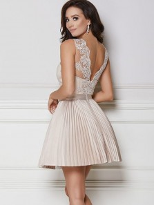 Charming A Line Scoop Backless Champagne Satin Homecoming Dress with Applique
