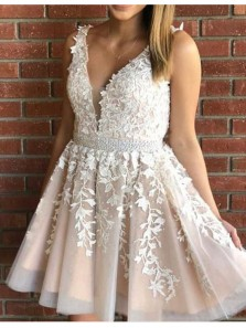 A Line V Neck Backless White Applique Homecoming Dresses with Beading, Short Prom Dresses