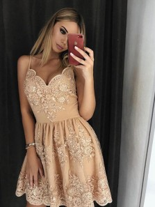 A Line V Neck Spaghetti Straps Champagne Short Homecoming Dresses with Applique, Short Formal Prom Dresses HD0725002