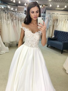 Elegant A Line Off the Shoulder Applique Ivory Satin Wedding Dresses with Beading