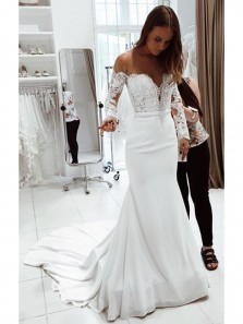 Elegant Mermaid Off the Shoulder Long Sleeves White Lace Wedding Dresses with Applique WD0727004