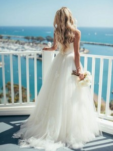 2018 Gorgeous Ball Gown Sweetheart Spaghetti Straps Backless Ivory Tulle Long Wedding Dresses with Applique