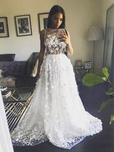 Gorgeous Ball Gown Round Neck Open Back White Lace Long Wedding Dresses