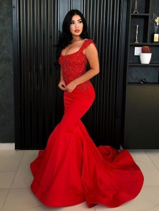 Gorgeous Mermaid Round Neck Dark Red Lace Prom Dresses with Beading, Charming Evening Dresses