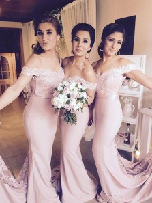 Elegant Mermaid Off the Shoulder Open Back Pink Lace Long Bridesmadi Dresses with Train BD0829001