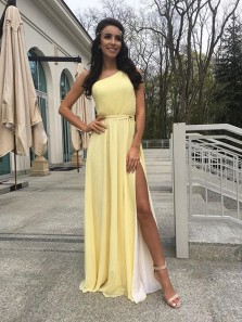 Charming A Line One Shoulder Split Yellow and White Chiffon Long Bridesmaid Dresses