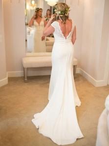 Elegant Mermaid V Neck Open Back White Lace Long Wedding Dresses