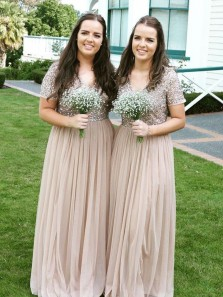 Elegant Sheath V Neck Short Sleeves Sequins Champagne Long Bridesmaid Dresses