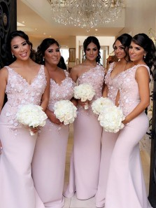 Gorgeous Mermaid V Neck Open Back Pink Lace Long Bridesmaid Dresses with Appliques