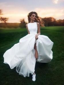 Elegant Ball Gown Round Neck White Satin Long Wedding Dresses