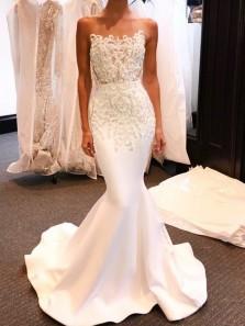 Gorgeous Mermaid Strapless White Lace Long Wedding Dresses