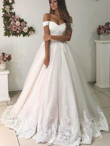 Charming Ball Gown Off the Shoulder Tulle White Long Wedding Dresses with Appliques