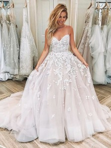 Gorgeous Ball Gown Sweetheart Spaghetti Straps Lace Long Wedding Dresses with Court Train