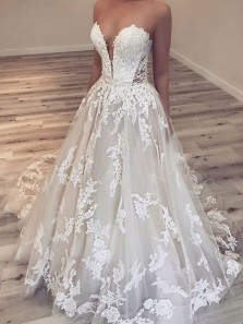 Charming Ball Gown Sweetheart Open Back Ivory Lace Long Wedding Dresses