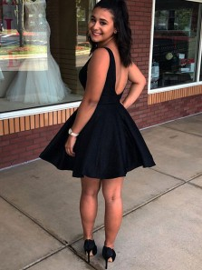 Cute A Line V Neck Open Back Black Short Homecoming Dresses Under 100, Simple Short Prom Dresses with Pockets HD1026002