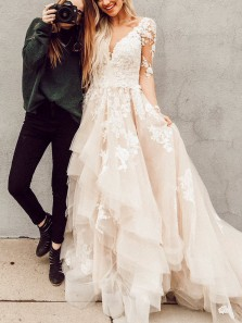 Gorgeous Ball Gown V Neck Long Sleeves Lace Champagne Long Wedding Dresses with Train Tiered Gown