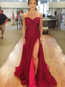 Charming Sheath Sweetheart Split Burgundy Chiffon Ruffled Long Prom Dresses, Evening Party Dresses with Beading