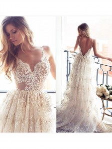Romantic A-line Strapless Long Lace Wedding Dress With Applique WD0011