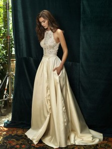 Vintage Ball Gown Halter Champagne Satin White Lace Long Wedding Dresses with Pockets