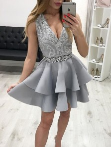 A Line V Neck Grey Lace Short Homecoming Dresses with Beading, Short Prom Dresses