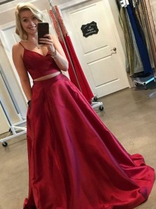 Two Piece Ball Gown V Neck Spaghetti Straps Dark Red Satin Long Prom Dresses with Pockets