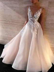 Fairy Ball Gown V Neck Organza Ivory Lace Long Wedding Dresses
