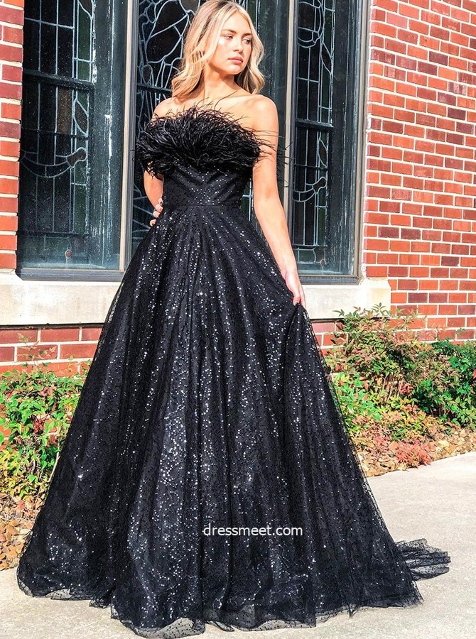 Sparkly Ball Gown Strapless Black Sequins Tulle Prom Dresses with Ostrich