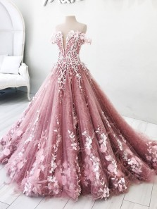 Gorgeous Ball Gown Off the Shoulder Blush Pink Lace Long Prom Dresses with Appliques, Beading Quinceanera Dresses