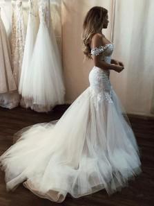 Mermaid V Neck Off the Shoulder Lace Long Wedding Dresses, Appliques Wedding Dresses with Train