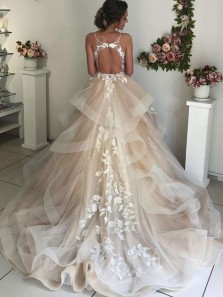 Ball Gown V Neck Spaghetti Straps Champagne Ruffled Tulle Lace Long Wedding Dresses