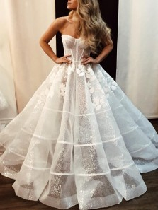 Sparkly Ball Gown See Through Sweetheart Appliques Long Wedding Dresses