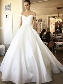 Elegant & Vintage Sweetheart Ivory Satin Wedding Dresses with Pockets