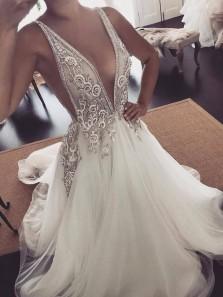 Elegant Vintage A Line V Neck Open Back Ivory Wedding Dresses with Beading, Appliques Wedding Gown