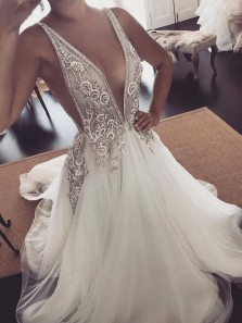 Elegant Vintage A Line V Neck Open Back Ivory Wedding Dresses with Beading, Appliques Wedding Gown