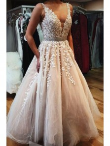 Charming A-Line V Neck Tulle Long Prom Dresses with Appliques, Evening Party Gown PD0910002