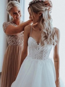 Simple Ball Gown Sweetheart Spaghetti Straps Wedding Dresses with Lace