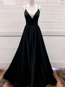 Elegant A Line V Neck Spaghetti Straps Black Satin Long Prom Dresses, Prom Gowns with Pockets