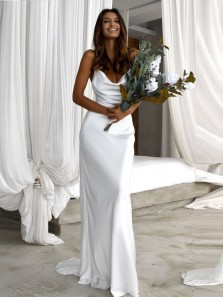 Elegant Mermaid Scoop Neck Spaghetti Straps Open Back Silk Satin Wedding Dresses