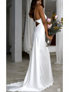 Elegant Mermaid Scoop Neck Spaghetti Straps Open Back Silk Satin Wedding Dresses