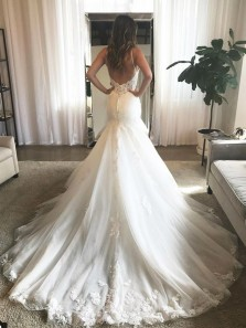 Charming Mermaid V Neck Open Back Spaghetti Straps Lace Wedding Dresses with Train