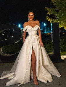 Gorgeous Ball Gown Off the Shoulder Ivory Satin Split Wedding Dresses with Pockets