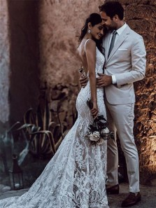 Romantic Mermaid V Neck Straps Lace Wedding Dress for Bride