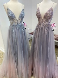 Charming V Neck Spaghetti Straps Gradient Grey Tulle Prom Dress with Beading, Flower Appliques