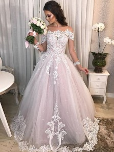 Gorgeous Ball Gown Off the Shoulder Long Sleeves Wedding Dresses with Appliques