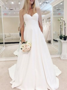 Gorgeous Ball Gown Sweetheart White Satin Long Wedding Dresses